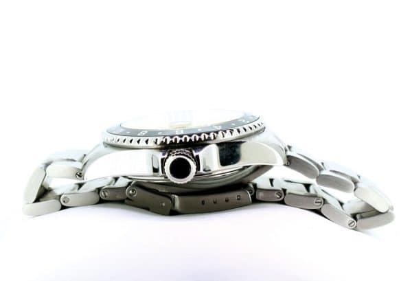 Zeitflügel Luxusuhr/ Exklusiv bei Juwelier Master mit schwarzer Lünette & gelben Ziffernblatt